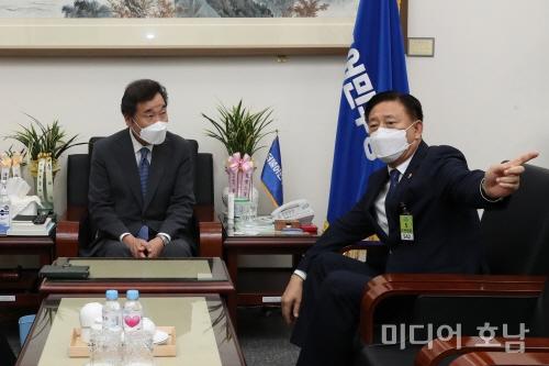 김한종 의장, 전국시도의장協 회장 첫 행보‥이낙연 대표와 면담